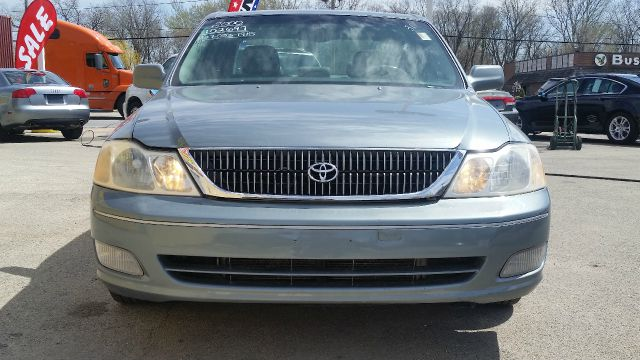 2000 Toyota Avalon for sale at CRESTWOOD AUTO AUCTION in Crestwood IL