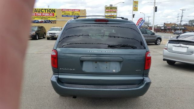 2007 Dodge Grand Caravan for sale at CRESTWOOD AUTO AUCTION in Crestwood IL