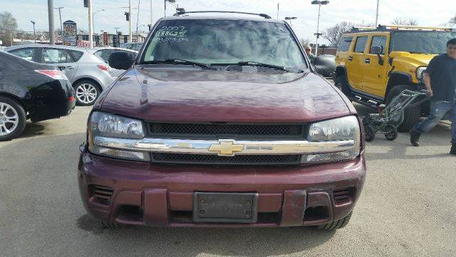 2007 Chevrolet TrailBlazer for sale at CRESTWOOD AUTO AUCTION in Crestwood IL