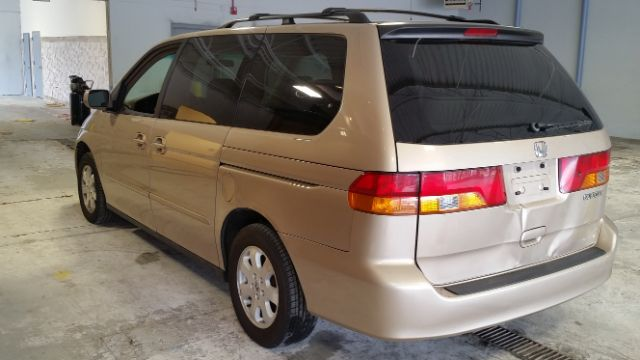 2002 Honda Odyssey for sale at CRESTWOOD AUTO AUCTION in Crestwood IL
