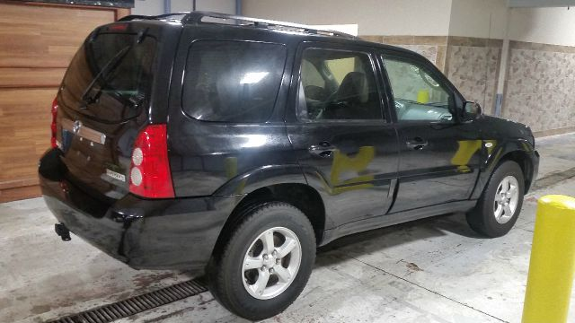 2005 Mazda Tribute for sale at CRESTWOOD AUTO AUCTION in Crestwood IL