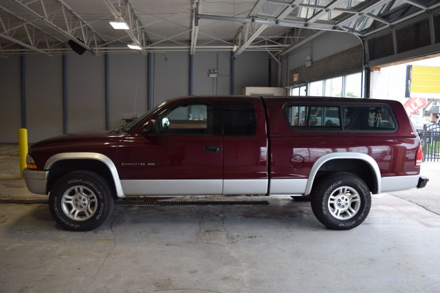2002 Dodge Dakota for sale at CRESTWOOD AUTO AUCTION in Crestwood IL