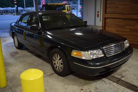 2003 Ford Crown Victoria for sale in Crestwood, IL