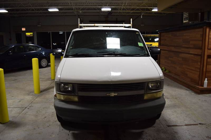 2002 Chevrolet Astro Cargo for sale at CRESTWOOD AUTO AUCTION in Crestwood IL