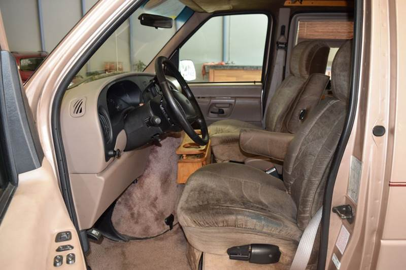 1997 Ford E-150 for sale at CRESTWOOD AUTO AUCTION in Crestwood IL