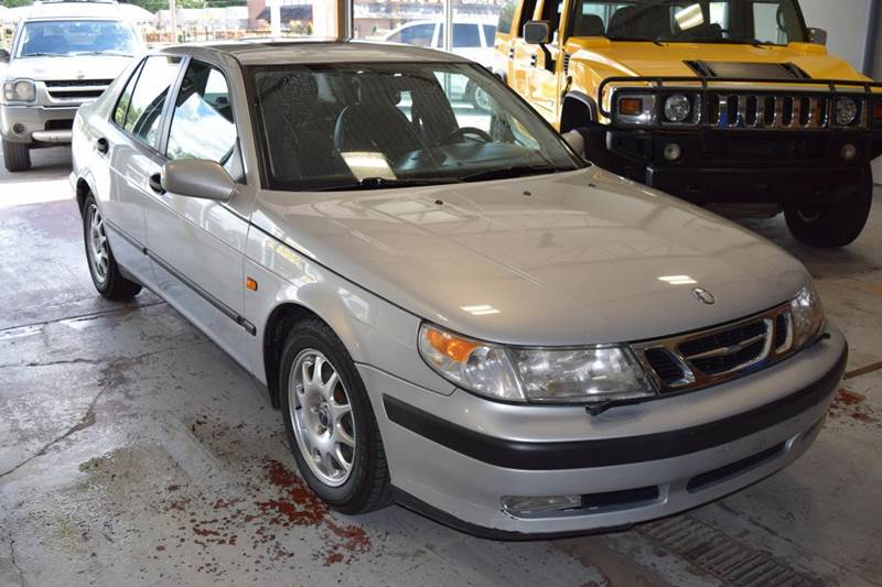 2000 Saab 9-5 for sale at CRESTWOOD AUTO AUCTION in Crestwood IL