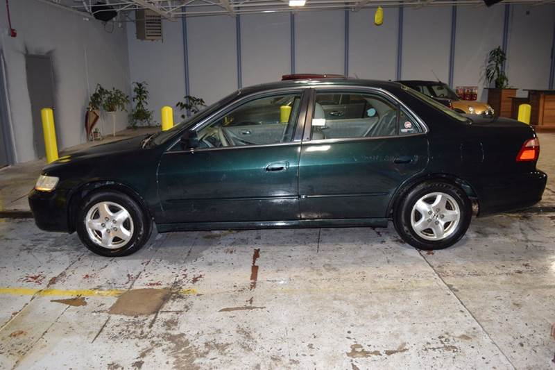 2000 Honda Accord for sale at CRESTWOOD AUTO AUCTION in Crestwood IL