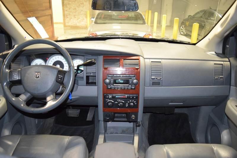 2005 Dodge Durango for sale at CRESTWOOD AUTO AUCTION in Crestwood IL