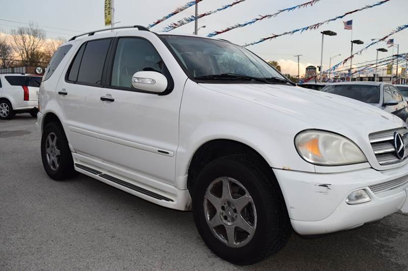 2005 Mercedes-Benz M-Class for sale at CRESTWOOD AUTO AUCTION in Crestwood IL