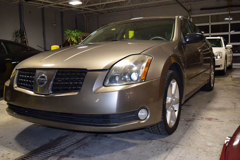 2005 Nissan Maxima for sale at CRESTWOOD AUTO AUCTION in Crestwood IL