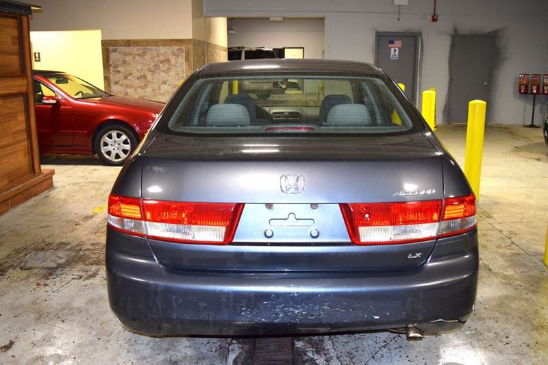 2004 Honda Accord for sale at CRESTWOOD AUTO AUCTION in Crestwood IL
