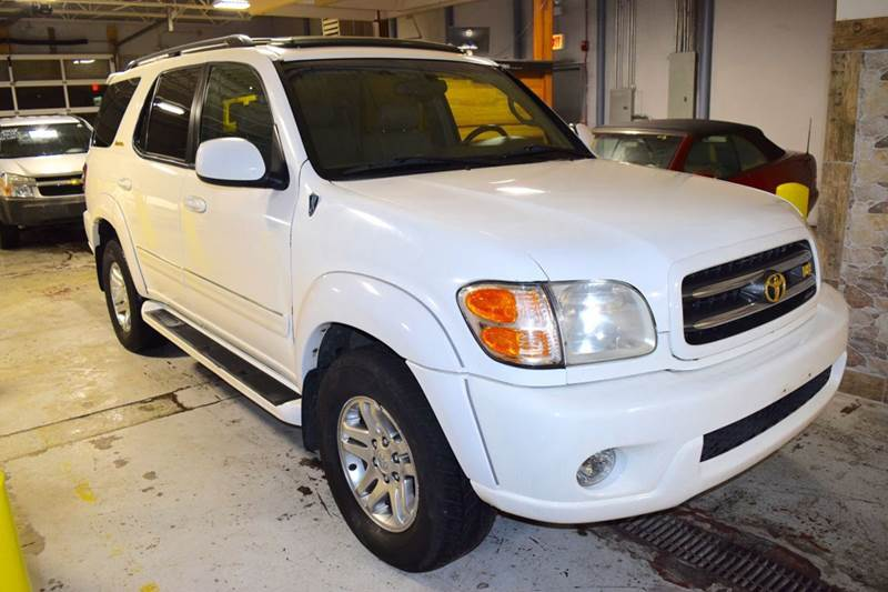 2003 Toyota Sequoia for sale at CRESTWOOD AUTO AUCTION in Crestwood IL