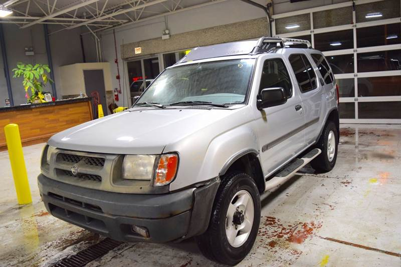 2001 Nissan Xterra for sale at CRESTWOOD AUTO AUCTION in Crestwood IL