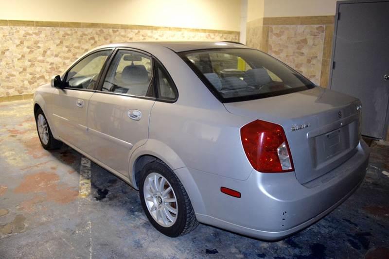 2004 Suzuki Forenza for sale at CRESTWOOD AUTO AUCTION in Crestwood IL