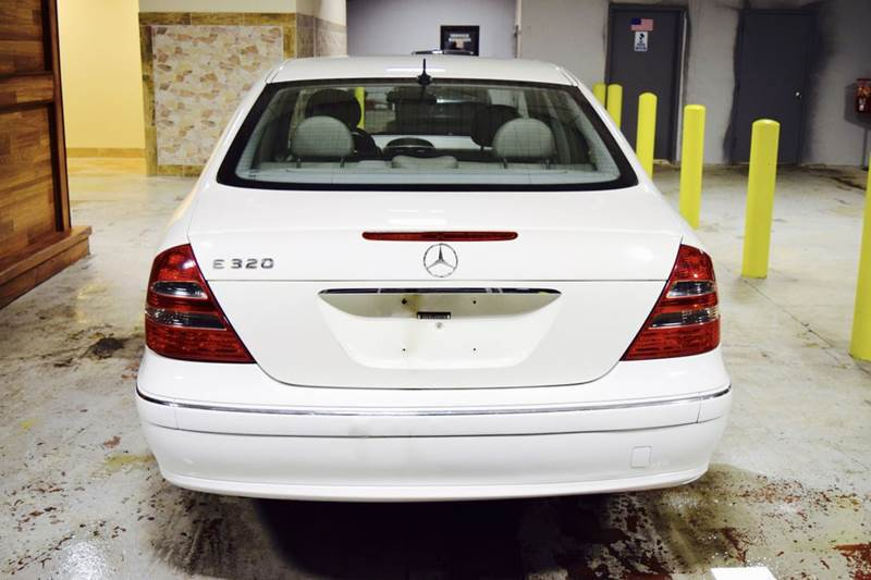2004 Mercedes-Benz E-Class for sale at CRESTWOOD AUTO AUCTION in Crestwood IL