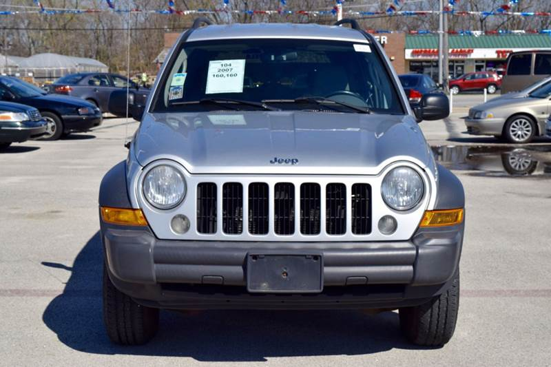 2007 Jeep Liberty for sale at CRESTWOOD AUTO AUCTION in Crestwood IL