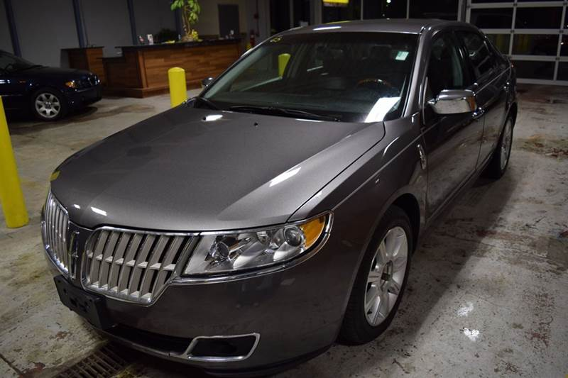 2010 Lincoln MKZ for sale at CRESTWOOD AUTO AUCTION in Crestwood IL