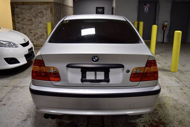 2002 BMW 3 Series for sale at CRESTWOOD AUTO AUCTION in Crestwood IL