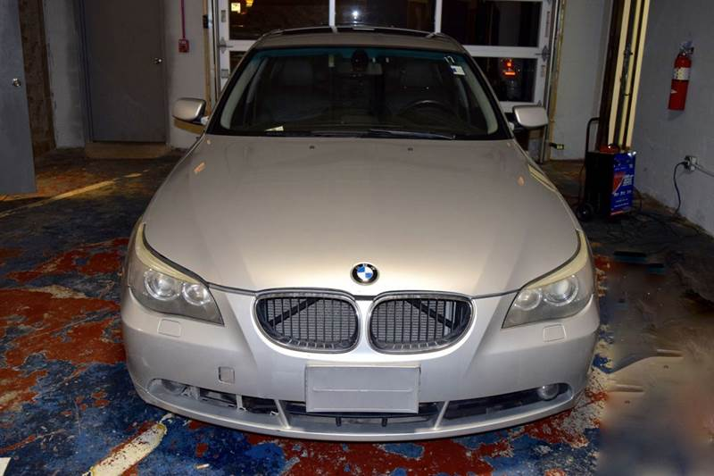 2004 BMW 5 Series for sale at CRESTWOOD AUTO AUCTION in Crestwood IL