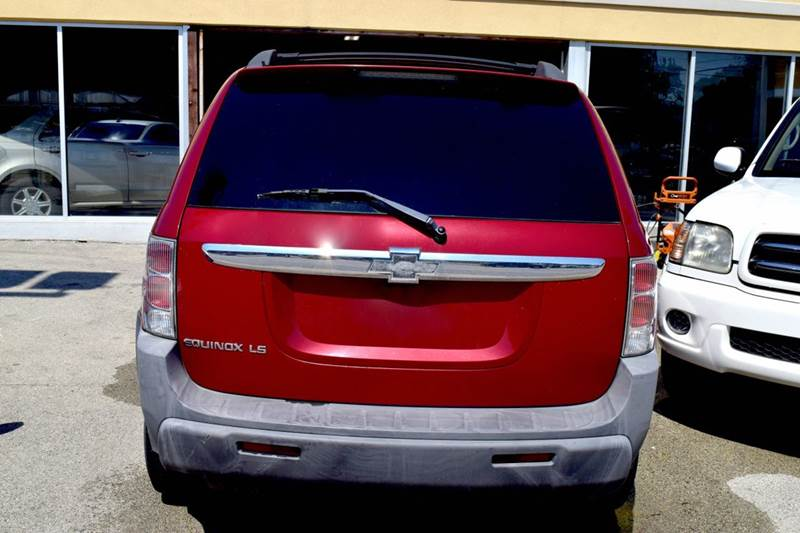 2005 Chevrolet Equinox for sale at CRESTWOOD AUTO AUCTION in Crestwood IL