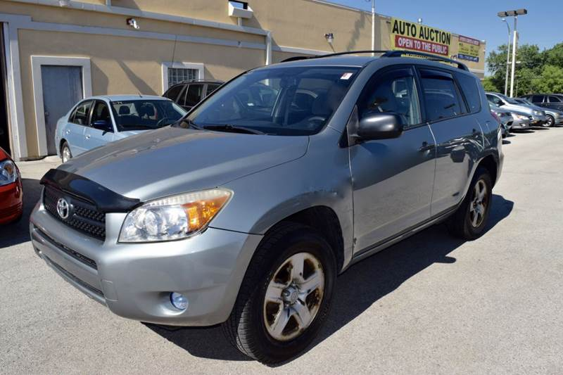 2007 Toyota RAV4 for sale at CRESTWOOD AUTO AUCTION in Crestwood IL