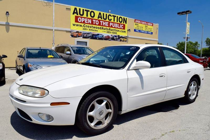 2003 Oldsmobile Aurora for sale at CRESTWOOD AUTO AUCTION in Crestwood IL
