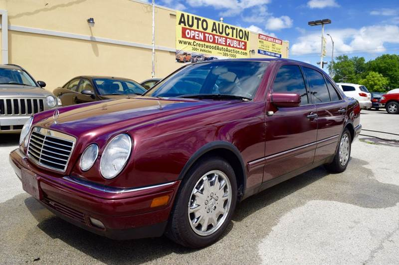 1996 Mercedes-Benz E-Class for sale at CRESTWOOD AUTO AUCTION in Crestwood IL