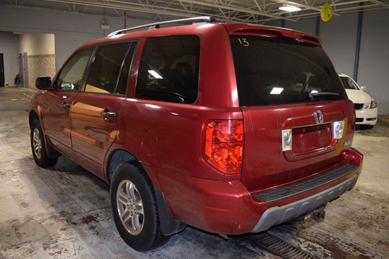 2004 Honda Pilot for sale at CRESTWOOD AUTO AUCTION in Crestwood IL