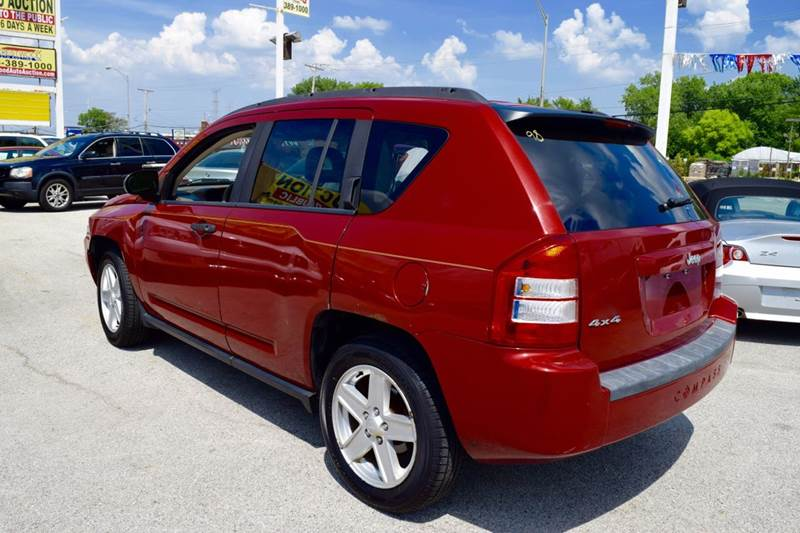 2007 Jeep Compass for sale at CRESTWOOD AUTO AUCTION in Crestwood IL