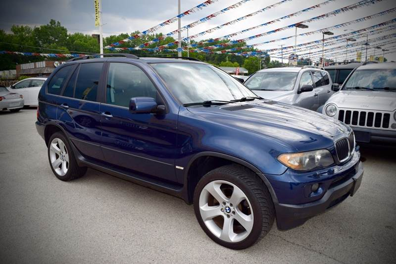 2004 BMW X5 for sale at CRESTWOOD AUTO AUCTION in Crestwood IL