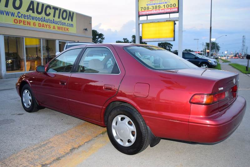 1998 Toyota Camry for sale at CRESTWOOD AUTO AUCTION in Crestwood IL