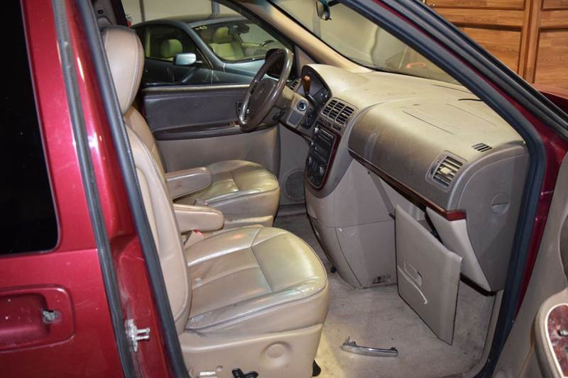 2005 Buick Terraza for sale at CRESTWOOD AUTO AUCTION in Crestwood IL