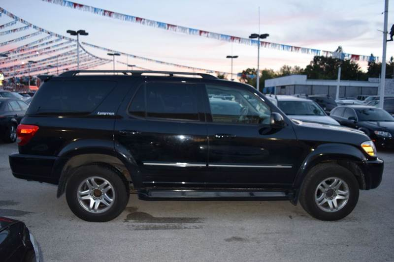 2005 Toyota Sequoia for sale at CRESTWOOD AUTO AUCTION in Crestwood IL