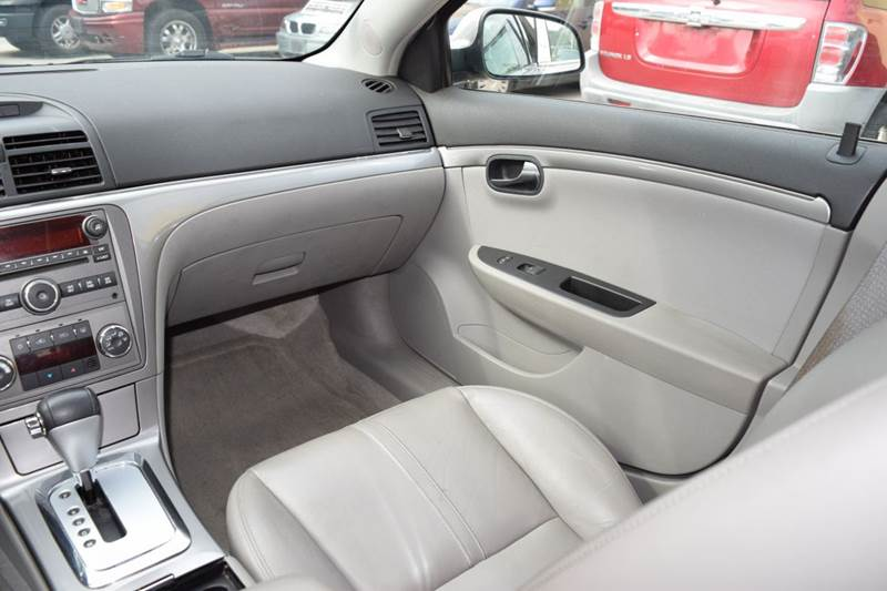 2008 Saturn Aura for sale at CRESTWOOD AUTO AUCTION in Crestwood IL