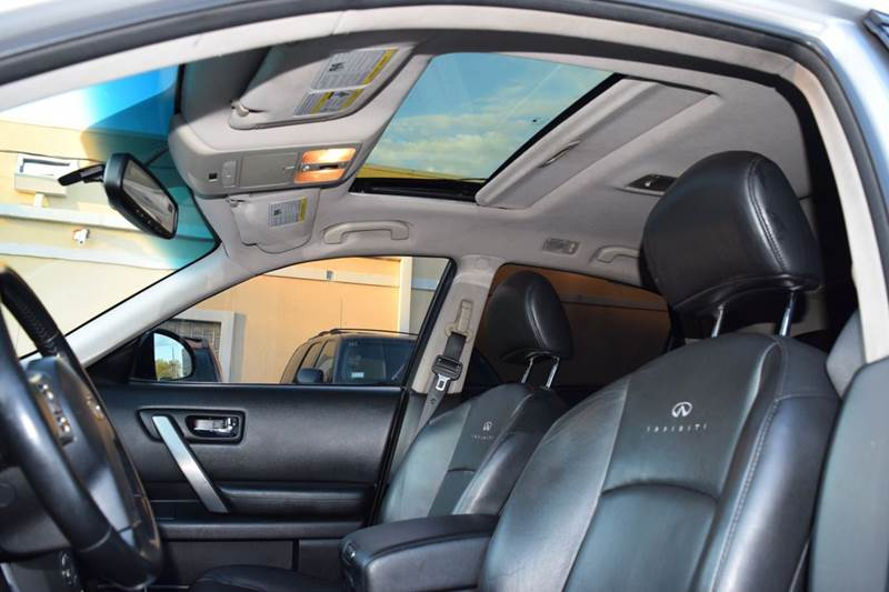 2007 Infiniti FX35 for sale at CRESTWOOD AUTO AUCTION in Crestwood IL
