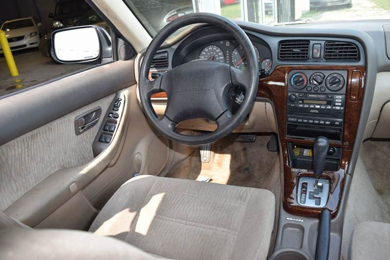 2000 Subaru Outback for sale at CRESTWOOD AUTO AUCTION in Crestwood IL