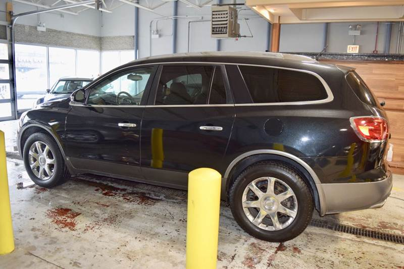 2008 Buick Enclave for sale at CRESTWOOD AUTO AUCTION in Crestwood IL