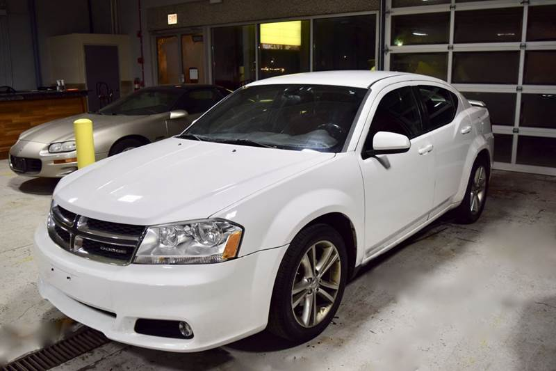 2012 Dodge Avenger for sale at CRESTWOOD AUTO AUCTION in Crestwood IL