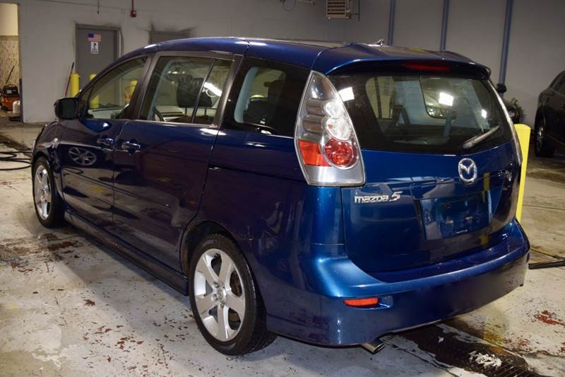 2006 Mazda MAZDA5 for sale at CRESTWOOD AUTO AUCTION in Crestwood IL