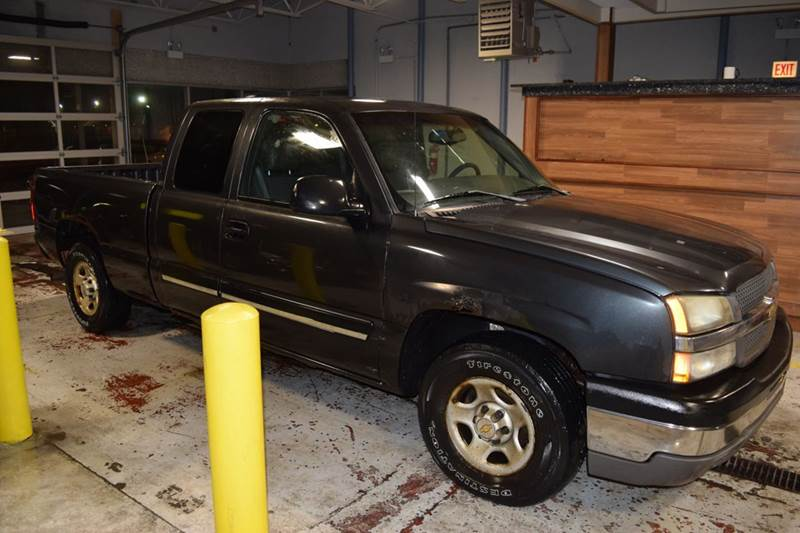 2003 Chevrolet Silverado 1500 for sale at CRESTWOOD AUTO AUCTION in Crestwood IL