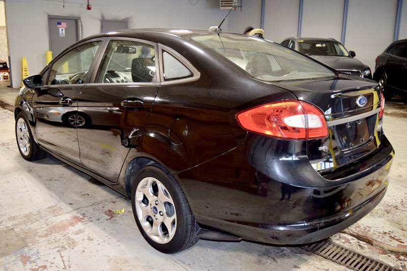 2012 Ford Fiesta for sale at CRESTWOOD AUTO AUCTION in Crestwood IL