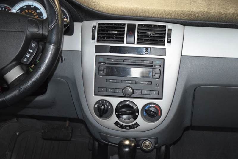 2008 Suzuki Forenza for sale at CRESTWOOD AUTO AUCTION in Crestwood IL