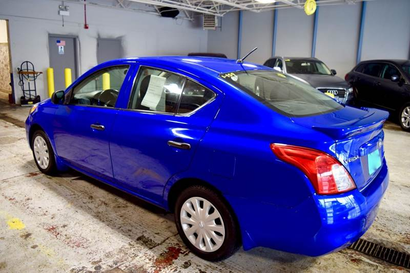 2014 Nissan Versa for sale at CRESTWOOD AUTO AUCTION in Crestwood IL