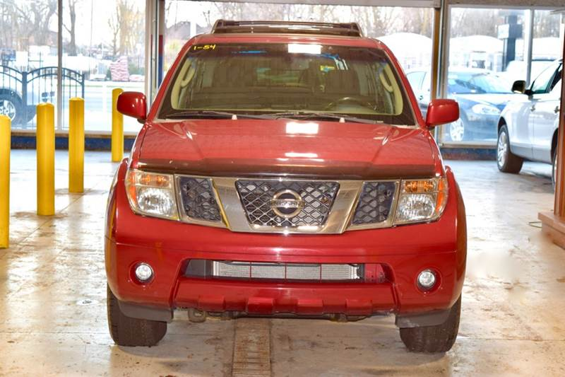 2007 Nissan Pathfinder for sale at CRESTWOOD AUTO AUCTION in Crestwood IL