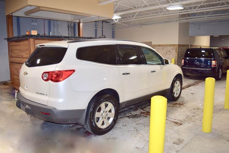 2012 Chevrolet Traverse for sale at CRESTWOOD AUTO AUCTION in Crestwood IL