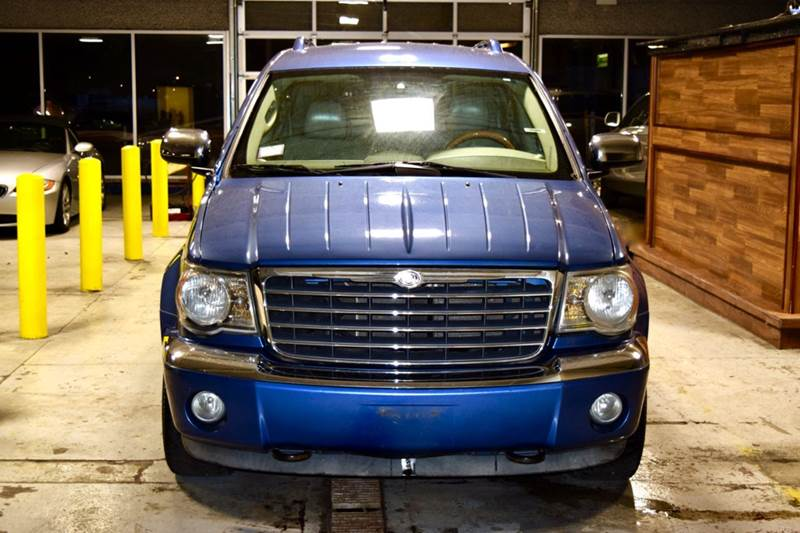 2007 Chrysler Aspen for sale at CRESTWOOD AUTO AUCTION in Crestwood IL