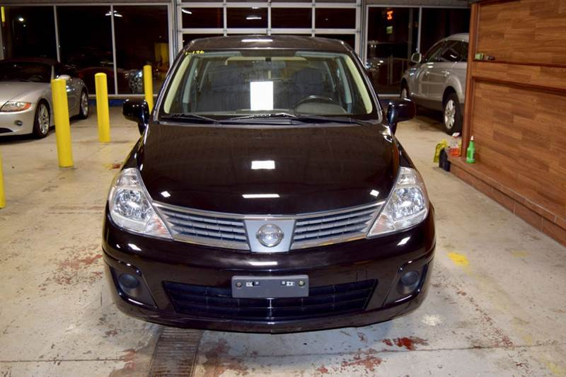 2009 Nissan Versa for sale at CRESTWOOD AUTO AUCTION in Crestwood IL