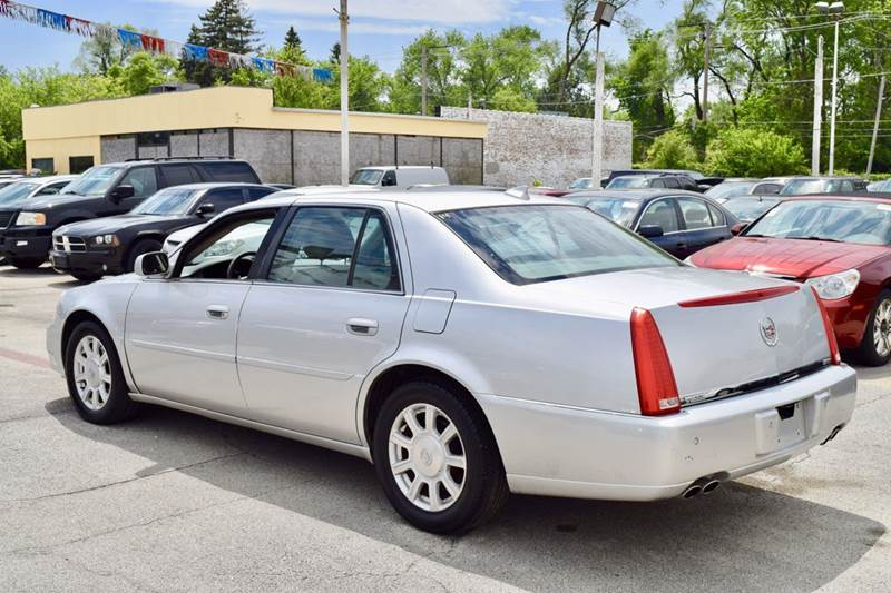 2009 Cadillac DTS for sale at CRESTWOOD AUTO AUCTION in Crestwood IL
