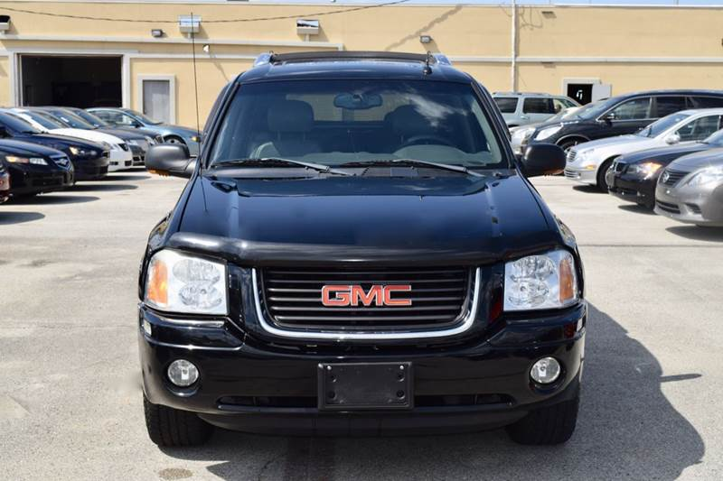 2004 GMC Envoy XUV for sale at CRESTWOOD AUTO AUCTION in Crestwood IL