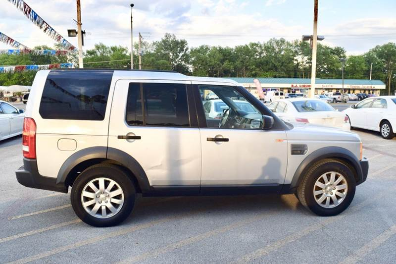 2006 Land Rover LR3 for sale at CRESTWOOD AUTO AUCTION in Crestwood IL